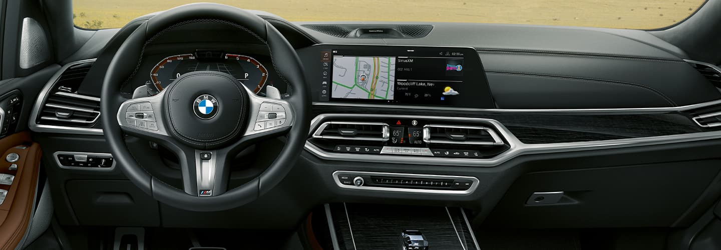 2020 BMW X7 Interior - Seats and rear passenger screens