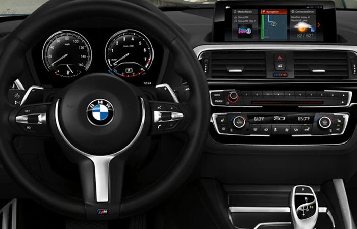 Front view of the steering wheel and dash of the 2021 2 Series