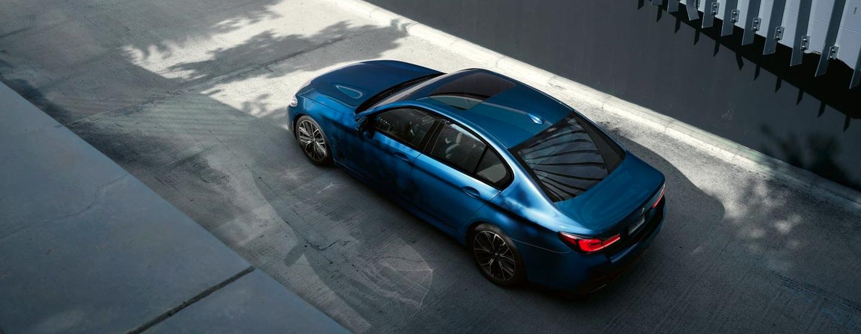 BMW 5 Series side interior