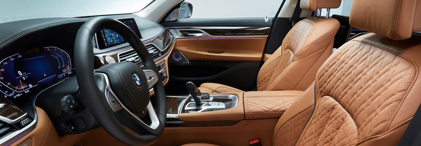 2020 BMW 7 Series Interior - Dash, Technology, and Stereo