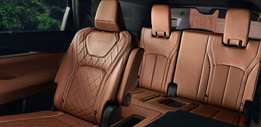 INFINITI QX60 rear seating