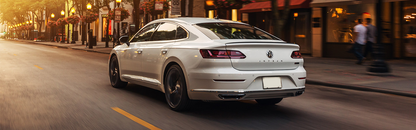 Volkswagen Arteon side view