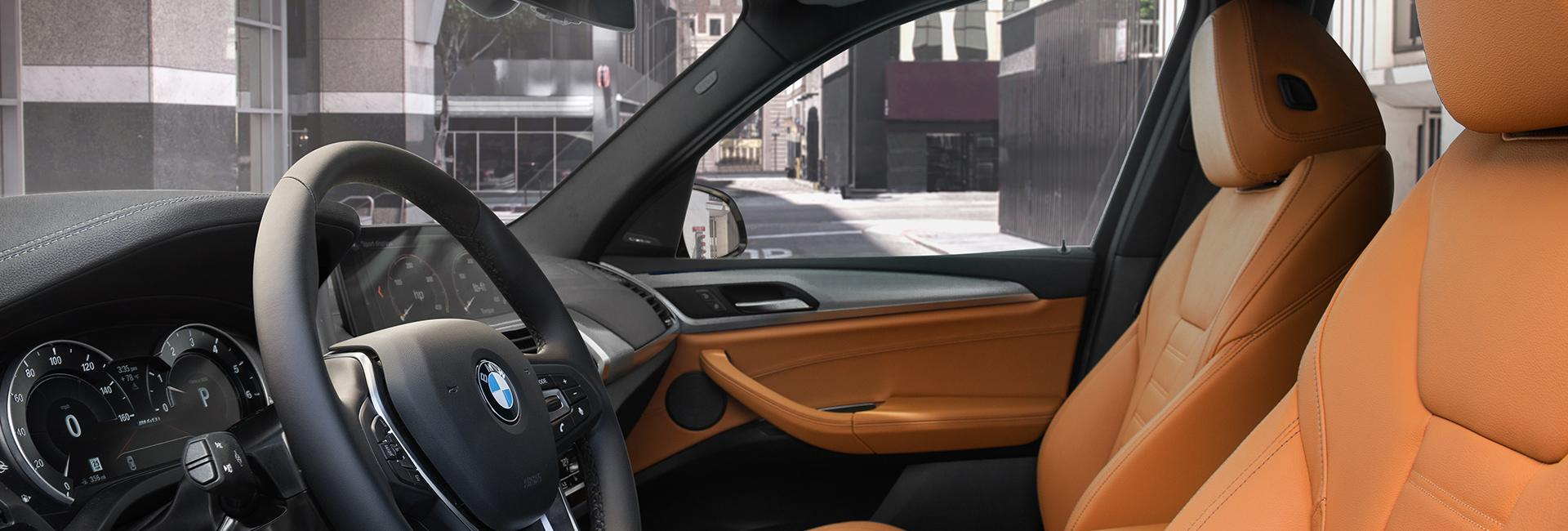 Front interior view of the 2021 BMW X3