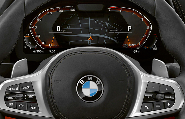 Dashboard of the 2020 BMW 8 Series