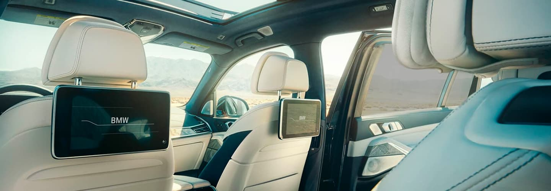 2020 BMW X7 Interior - Seats and rear passenger screens