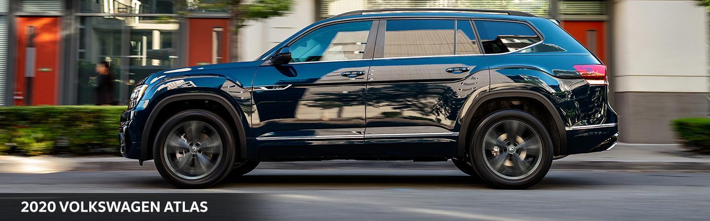 2020 Volkswagen Atlas in motion