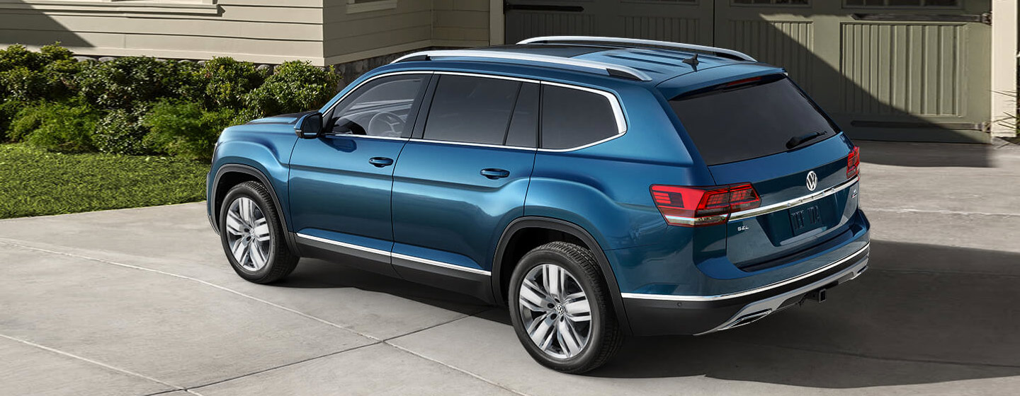 Volkswagen atlas side view